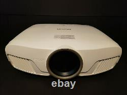 Epson 5040UB Home Cinema Projector. 14 Hours on original lamp. Includes Screen