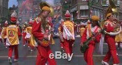 JINGLE ALL THE WAY Turbo Man Musical band cloak Screen used COA Prop
