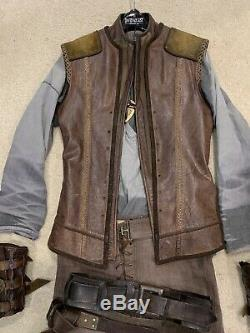 Legend Of The Seeker Richard Cypher Complete Screen Used Movie Prop Costume