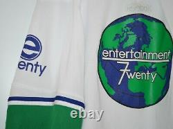 Parks and Recreation E720 Entertainment 7 Twenty Jersey Screen Used Prop