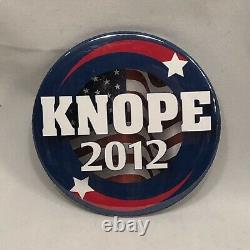 Parks and Recreation Screen Used Prop Leslie Knope 2012 Button with COA