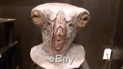 Rare Screen-used Babylon 5 Alien mask Amazing Design