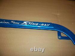 Schwinn Stingray Wingtip Blue Deluxe Original Paint Screen 60-70's Chain Guard