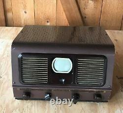 Vintage 1948 Pilot Radio TV-37 3 Inch Screen Television